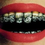タバコを吸う女性はモテない