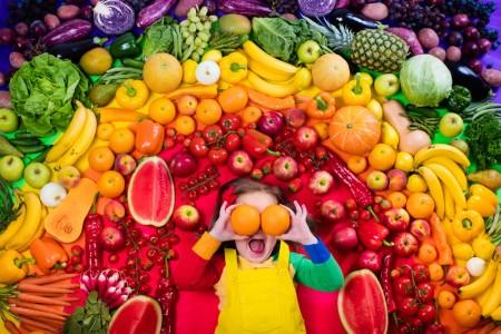 野菜果物と子供