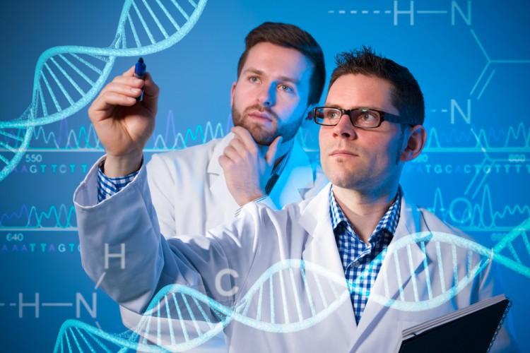 遺伝科学者