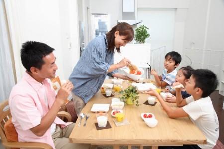 家族食事1