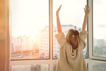 寝起き日光窓カーテン