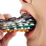 抗生物質を飲みすぎると太る!?しかも風邪には効かない??